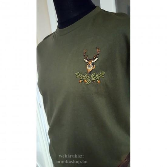 Vadász hímzett kerek nyakú póló